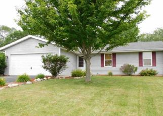 Pre Foreclosure in South Beloit 61080 WHISPERING WIND WAY - Property ID: 1435332485