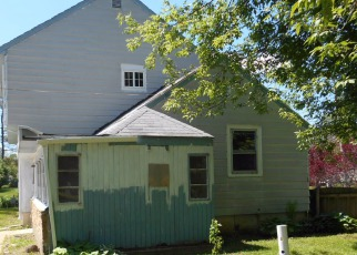 Pre Foreclosure in Machesney Park 61115 GRENVILLE ST - Property ID: 1435354383