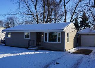 Pre Foreclosure in Loves Park 61111 EXETER AVE - Property ID: 1435368396