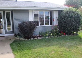 Pre Foreclosure in Roscoe 61073 REDFIELD - Property ID: 1435397301