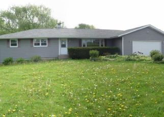 Pre Foreclosure in Pecatonica 61063 N PECATONICA RD - Property ID: 1435425782
