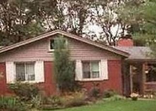 Pre Foreclosure in Livonia 48152 BRENTWOOD ST - Property ID: 1435482266