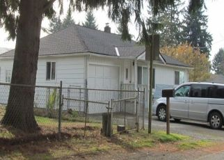 Pre Foreclosure in Seattle 98146 SW 104TH ST - Property ID: 1435578182