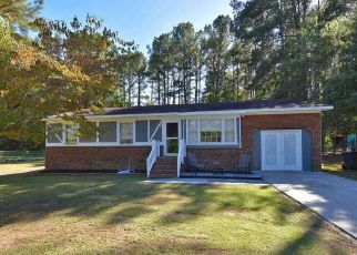 Pre Foreclosure in Knightdale 27545 PINE COUNTRY LN - Property ID: 1435673676