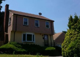 Pre Foreclosure in Boston 02124 WELLES AVE - Property ID: 1435916749