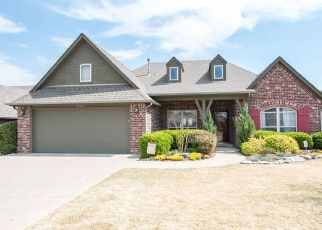 Pre Foreclosure in Glenpool 74033 COURTNEY DR - Property ID: 1436098951