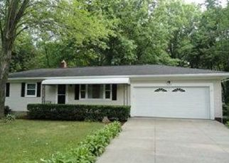 Pre Foreclosure in Stow 44224 MAPLEWOOD RD - Property ID: 1436810200