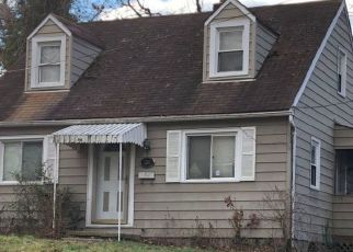 Pre Foreclosure in Hyattsville 20784 GARRISON RD - Property ID: 1437523672