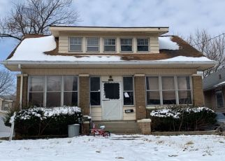 Pre Foreclosure in Peoria 61606 N DOUGLAS ST - Property ID: 1437835506