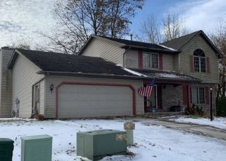 Pre Foreclosure in Mapleton 61547 W LAKE LANCELOT DR - Property ID: 1437850395