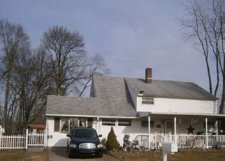 Pre Foreclosure in Levittown 19057 IVY HILL RD - Property ID: 1437868802
