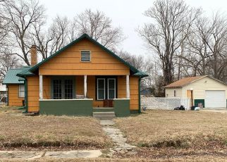 Pre Foreclosure in Baxter Springs 66713 E 4TH ST - Property ID: 1438402688