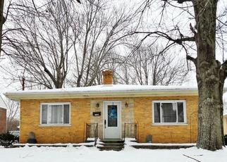 Pre Foreclosure in Cincinnati 45215 BURNS AVE - Property ID: 1438494213