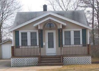 Pre Foreclosure in Islip Terrace 11752 ISLIP BLVD - Property ID: 1439220829
