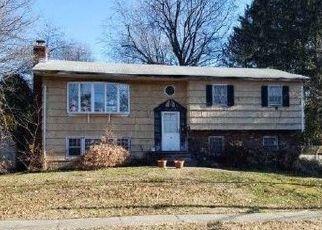 Pre Foreclosure in Blauvelt 10913 GIADECZKA ST - Property ID: 1439236590