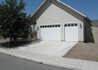 Pre Foreclosure in Fernley 89408 BLUE JAY DR - Property ID: 1439547101
