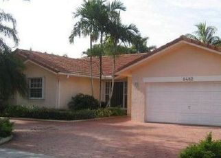 Pre Foreclosure in Hialeah 33016 NW 166TH TER - Property ID: 1440254437