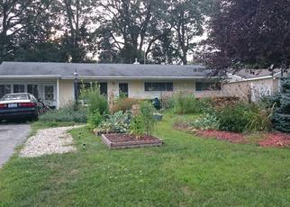 Pre Foreclosure in Toledo 43613 ELMHURST RD - Property ID: 1440591682