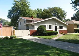 Pre Foreclosure in Munster 46321 LINDEN AVE - Property ID: 1440916208