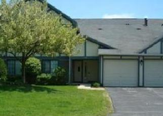 Pre Foreclosure in Palatine 60074 N HIDDEN CREEK CIR - Property ID: 1441278870