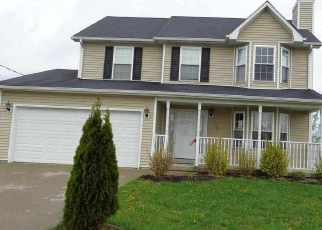 Pre Foreclosure in Radcliff 40160 MEDICAL CENTER DR - Property ID: 1441594644