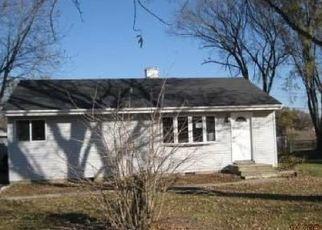 Pre Foreclosure in Sugar Grove 60554 STAR LN - Property ID: 1441918746