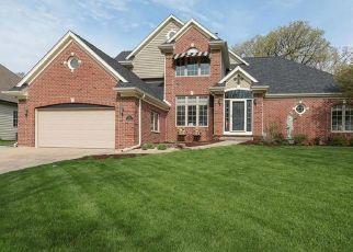Pre Foreclosure in Sugar Grove 60554 HANKES RD - Property ID: 1441958148
