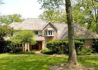 Pre Foreclosure in Sugar Grove 60554 OLD OAKS RD - Property ID: 1442006781