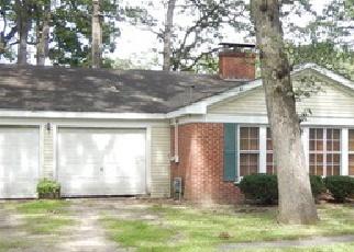 Pre Foreclosure in Sugar Grove 60554 MARIAN CIR E - Property ID: 1442071146
