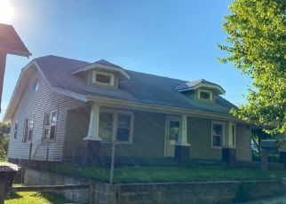 Pre Foreclosure in Council Bluffs 51503 HIGH ST - Property ID: 1442229703