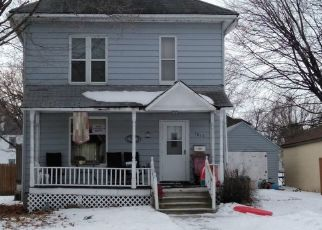 Pre Foreclosure in Fort Dodge 50501 2ND AVE S - Property ID: 1442256417