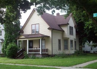 Pre Foreclosure in Cedar Rapids 52405 C AVE NW - Property ID: 1442419336