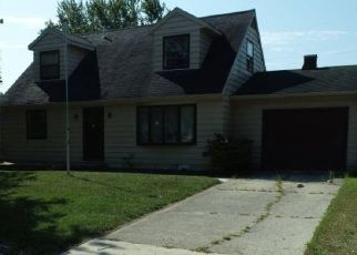 Pre Foreclosure in Union City 47390 ROYALE DR - Property ID: 1442590140