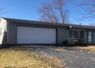 Pre Foreclosure in Valparaiso 46385 PLYMOUTH RD - Property ID: 1442597150