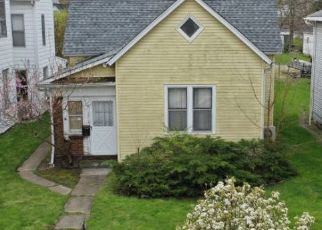 Pre Foreclosure in Logansport 46947 E MARKET ST - Property ID: 1442622117