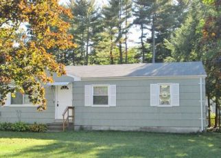 Pre Foreclosure in Springfield 01129 OLD LANE RD - Property ID: 1443069745