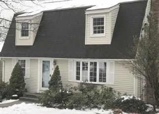 Pre Foreclosure in Springfield 01118 NEWTON RD - Property ID: 1443080236