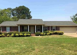 Pre Foreclosure in Mauldin 29662 LEAKE ST - Property ID: 1443143310
