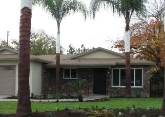 Pre Foreclosure in Fresno 93722 W SUSSEX WAY - Property ID: 1443328128