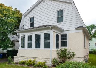 Pre Foreclosure in Greenwich 06830 PINE ST - Property ID: 1443540558