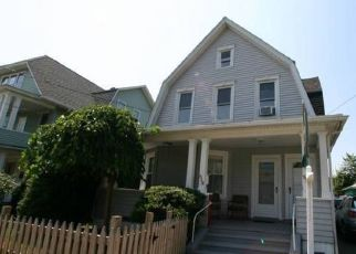Pre Foreclosure in Fairfield 06825 BLACK ROCK TPKE - Property ID: 1443560259