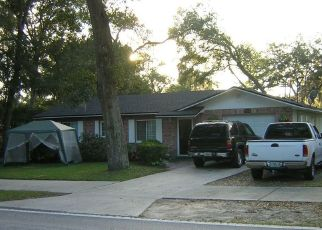 Pre Foreclosure in Deland 32724 N GARFIELD AVE - Property ID: 1444175624