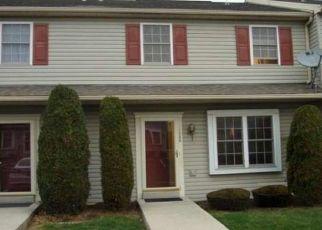 Pre Foreclosure in Reading 19605 FREDRICK BLVD - Property ID: 1445027481
