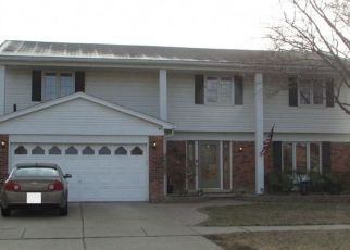 Pre Foreclosure in Clinton Township 48038 AYNESLEY ST - Property ID: 1445546479
