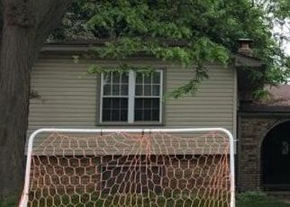 Pre Foreclosure in Sterling Heights 48313 PENINSULA DR - Property ID: 1445550422