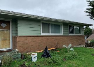 Pre Foreclosure in Seattle 98168 S 125TH PL - Property ID: 1445588971