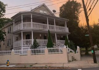 Pre Foreclosure in Lawrence 01843 ANDOVER ST - Property ID: 1445982706