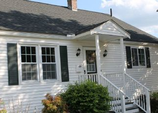 Pre Foreclosure in Lowell 01851 W FOREST ST - Property ID: 1446021687