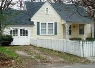 Pre Foreclosure in Chattanooga 37411 S HOWELL AVE - Property ID: 1446479809