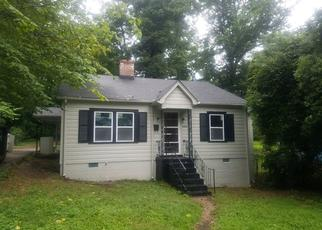 Pre Foreclosure in Charlotte 28208 ROBERTSON AVE - Property ID: 1446743910